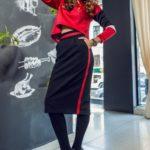 С чем носить юбку с лампасами: 10 модных образов