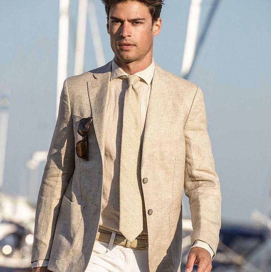 галстук к бежевой рубашке