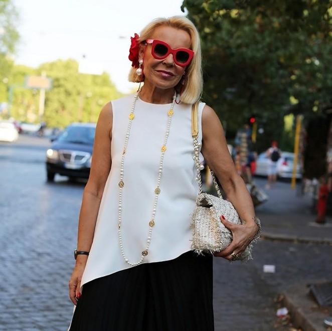 одежда для женщин за 55 лет