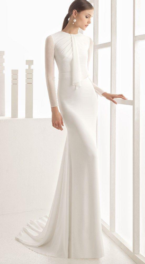 белое платье прямого кроя
