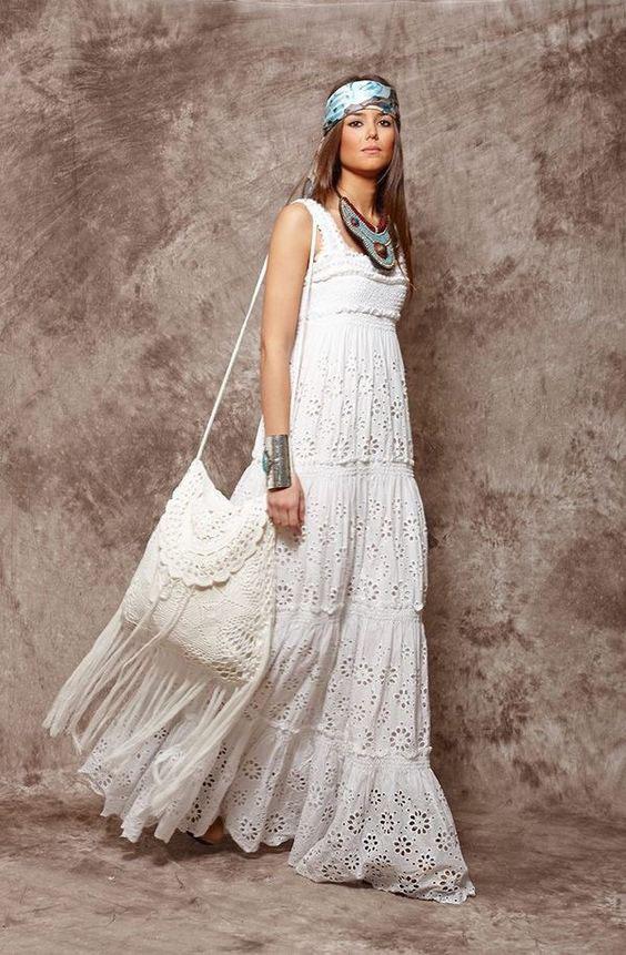 белое платье в стиле бохо